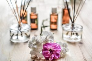 Aromatherapy Oils, Diffusers and Benefits (Including Stress Relief)